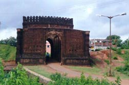 Gate-Old-Fort